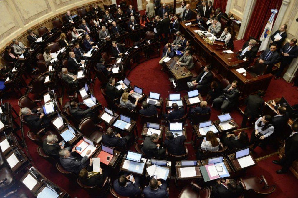 El Senado aprobó una ley contra el acoso callejero