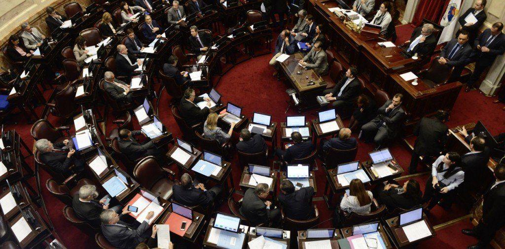 Media sanción al proyecto de ley de financiamiento político