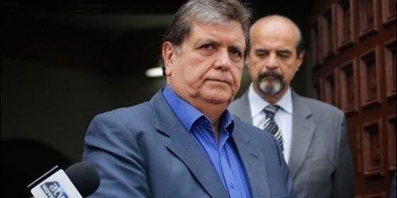 El expresidente peruano Alan García murió tras pegarse un tiro en la cabeza