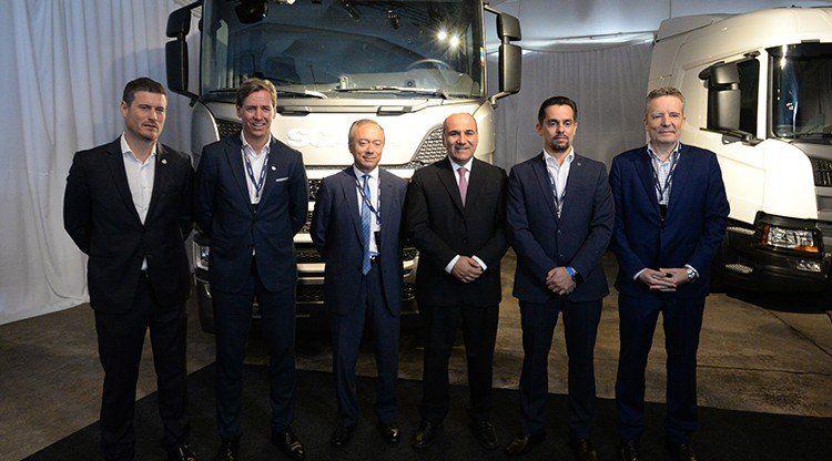 """Manzur agradeció a Scania """"por seguir invirtiendo en Tucumán"""""""