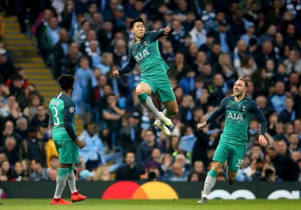 Tottenham perdió 4-3 pero clasificó en uno de los mejores partidos del año