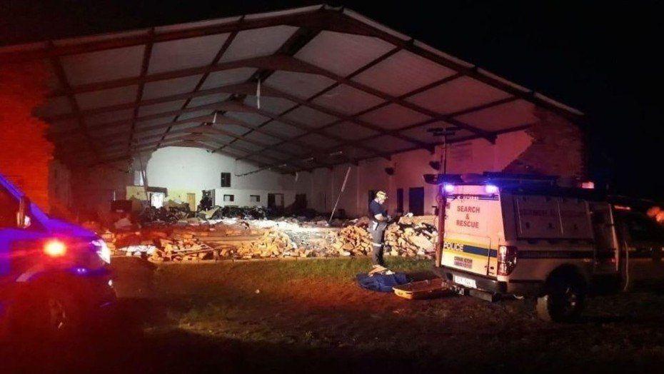 Derrumbe en una iglesia en Sudáfrica deja al menos 13 muertos