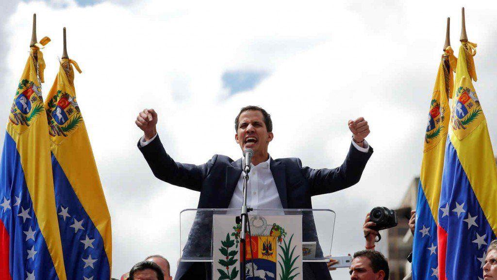 Guaidó convocó a la marcha más grande en la historia de Venezuela