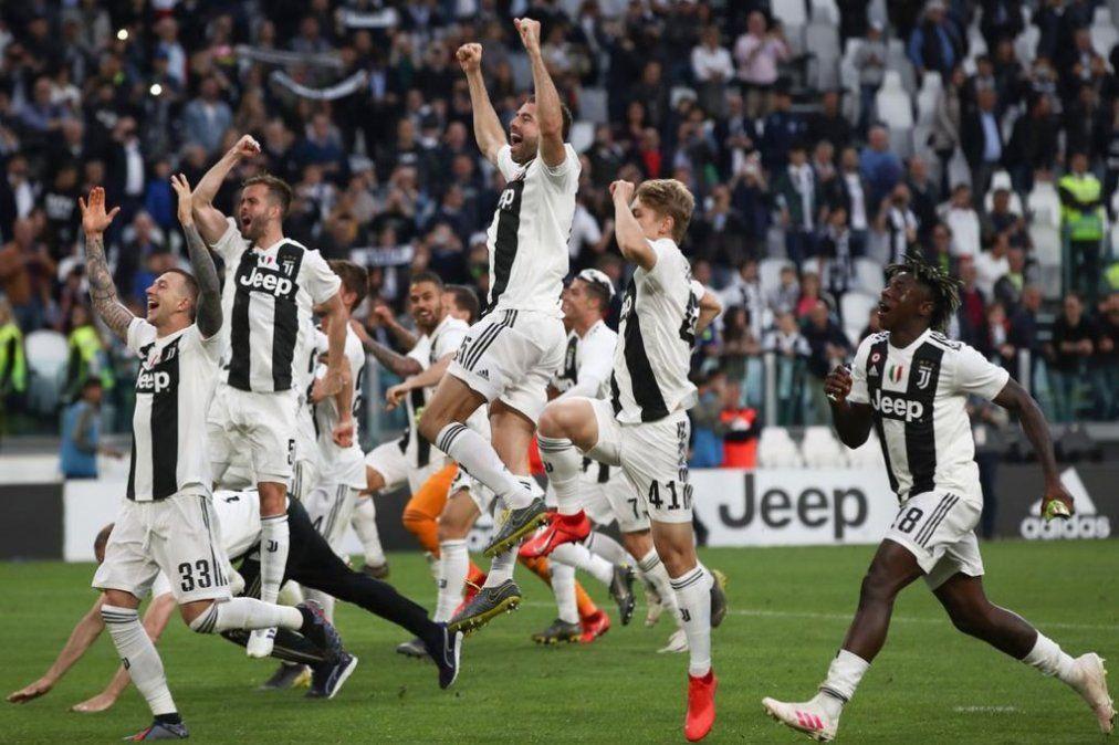 Juventus se consagró campeón de la liga italiana por octava vez consecutiva