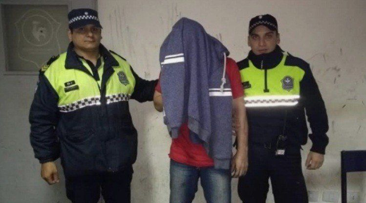 Un sujeto fue aprehendido por agredir a su pareja