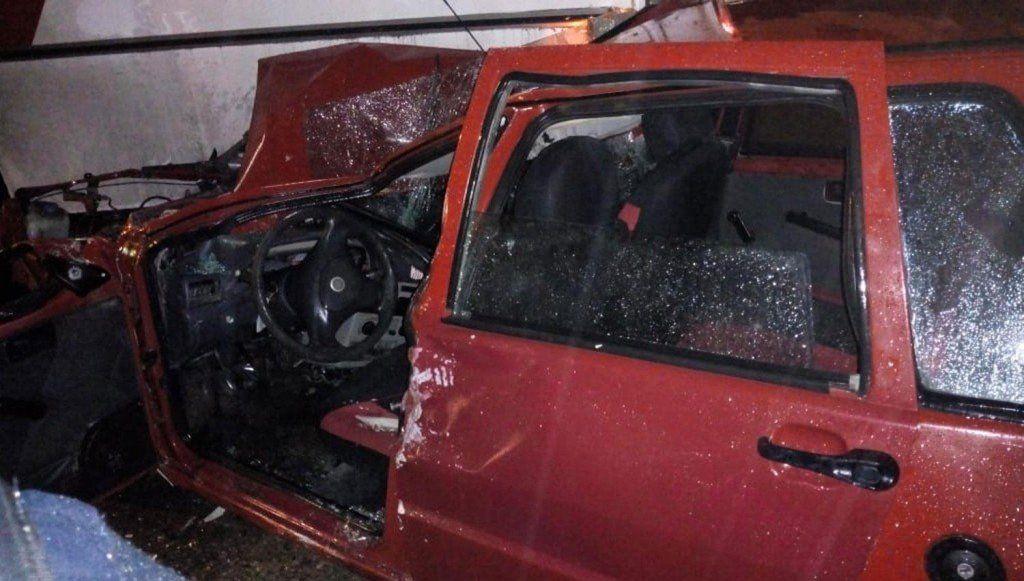 Los Vallistos: un choque entre un auto y un colectivo dejó un herido
