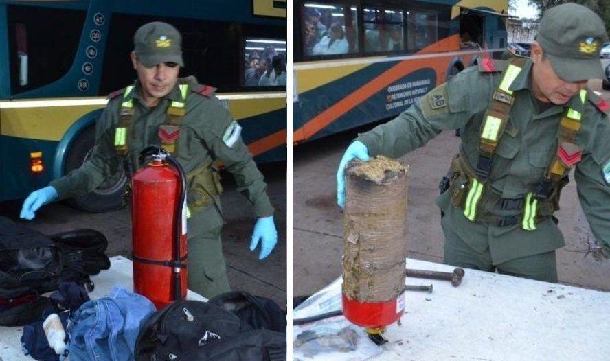 Un ecuatoriano viajaba con 10 kilos de marihuana ocultos en un matafuegos