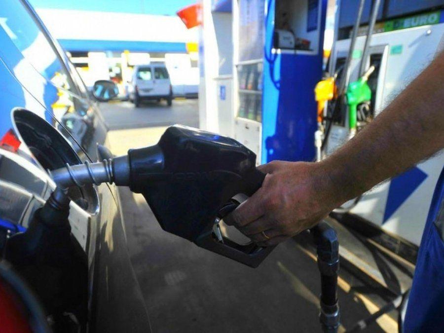 Estiman que la nafta podría subir hasta un 10% en mayo