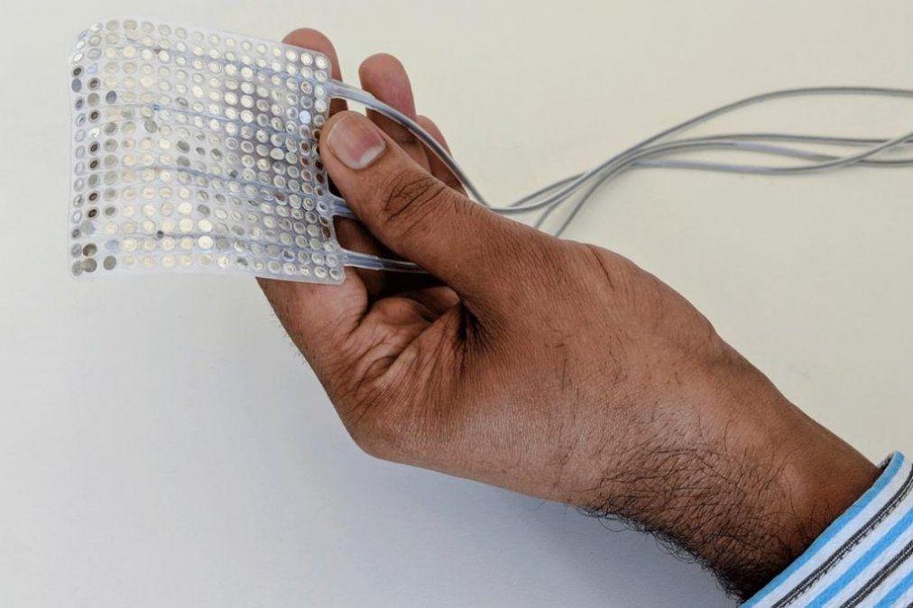 Diseñan un implante que traduce las señales cerebrales en palabras