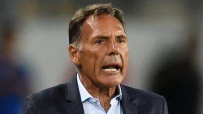 Miguel Ángel Russo se fue de Alianza Lima y gana terreno en Huracán