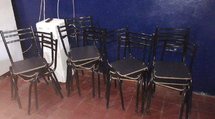 Recuperan sillas robadas de un comedor infantil y detienen a una persona
