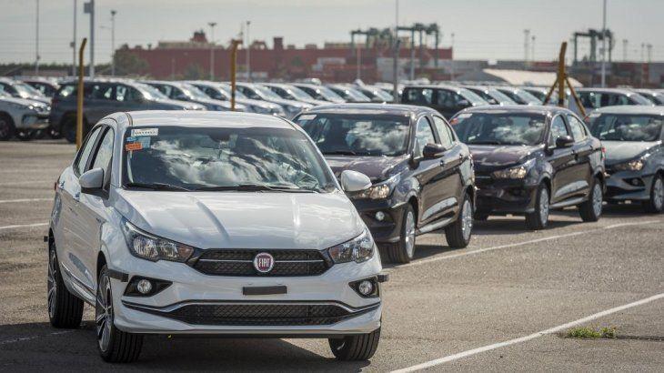 Por efecto dólar, comienza mayo con suba de hasta 7% en el precio de los autos