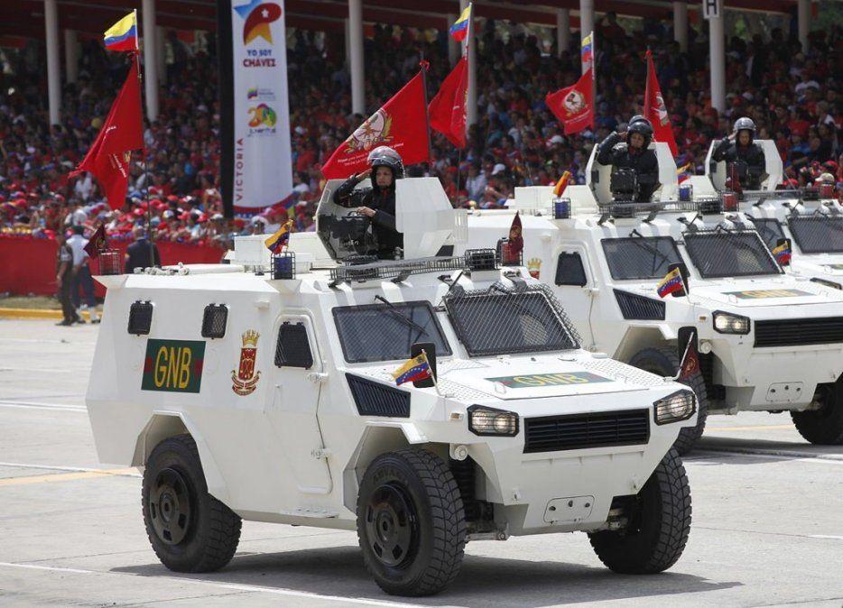 Video: Rinocerontes de Maduro iniciaron la represión y arrollaron a civiles