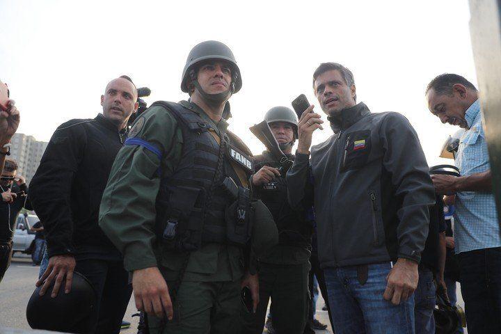 Leopoldo López se trasladó a la la embajada de España para pedir protección