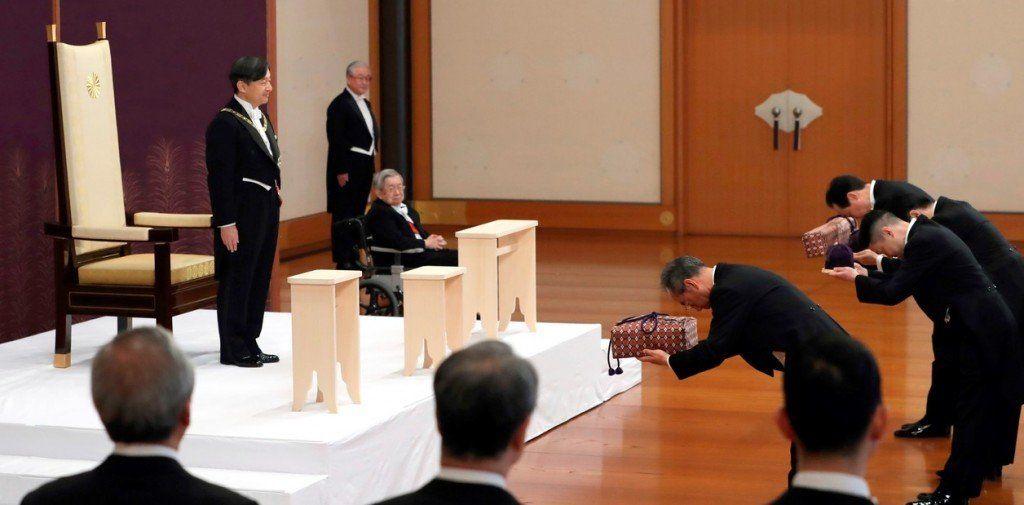 Naruhito ascendió al trono y Japón abre una nueva era imperial