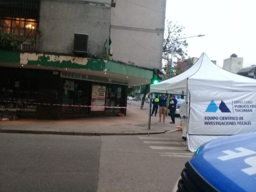 Encuentran muerto a un hombre en la esquina de Salta y Córdoba