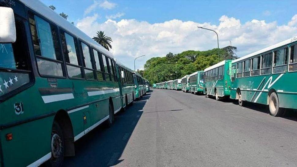 Convocarán un nuevo paro de transportes para el feriado del 25 de mayo
