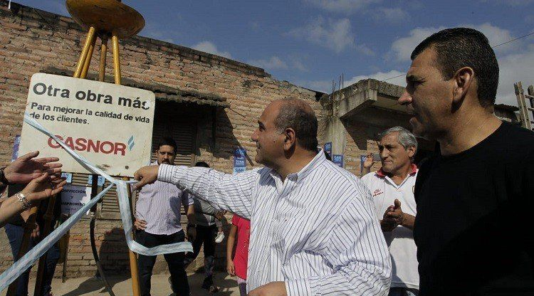 Se inauguraron 3 mil metros de cañería en barrio Batalla de Tucumán