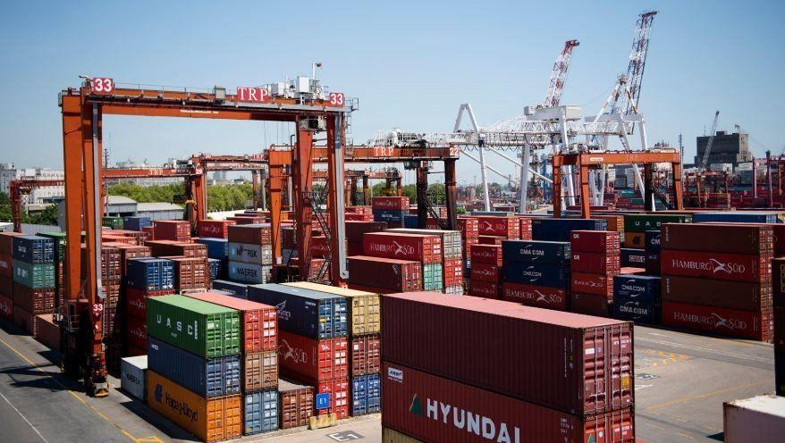 El Gobierno incluyó la suba de la tasa de estadística a importaciones y exportaciones