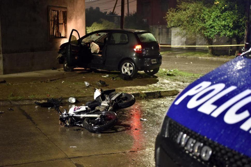 Accidente: Un presunto ladrón murió aplastado por un auto