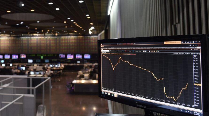 El Gobierno intenta llevar tranquilidad a los mercados y hacia adentro