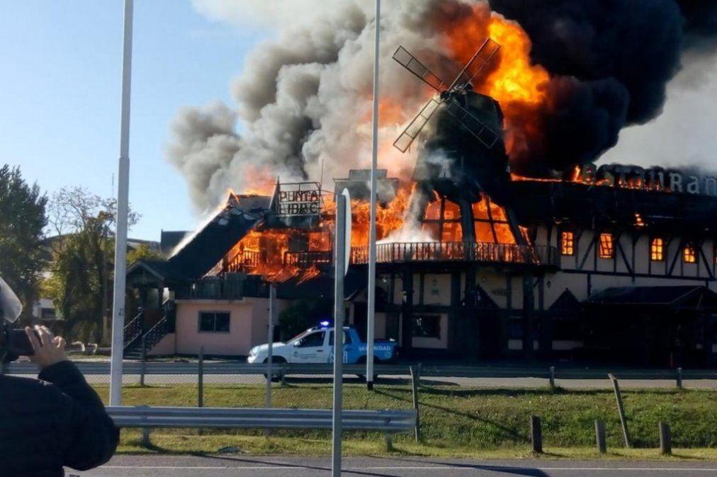 Se incendió un reconocido restaurante de Ituzaingó