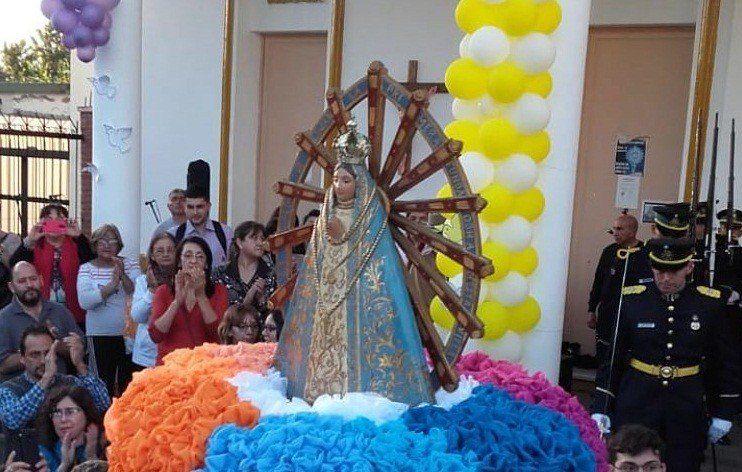 Procesión de la virgen Nuestra Señora de Luján