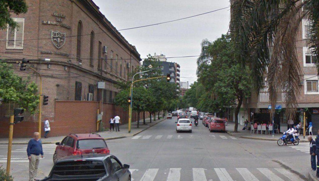 Barrio Norte: Le rompieron el vidrio y se llevaron $150.000