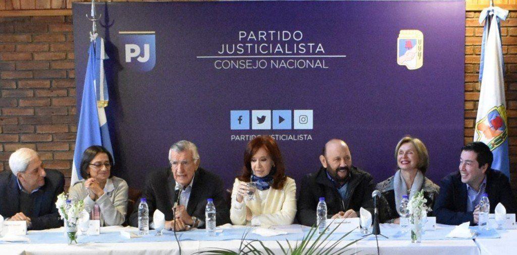 Gioja consideró que Cristina Kirchner sería una buena candidata