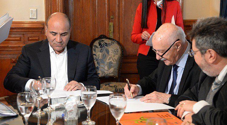 La Provincia firmó convenios de financiamiento con el CFI