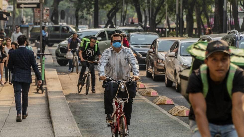 La contaminación obliga a suspender las clases en la capital de México