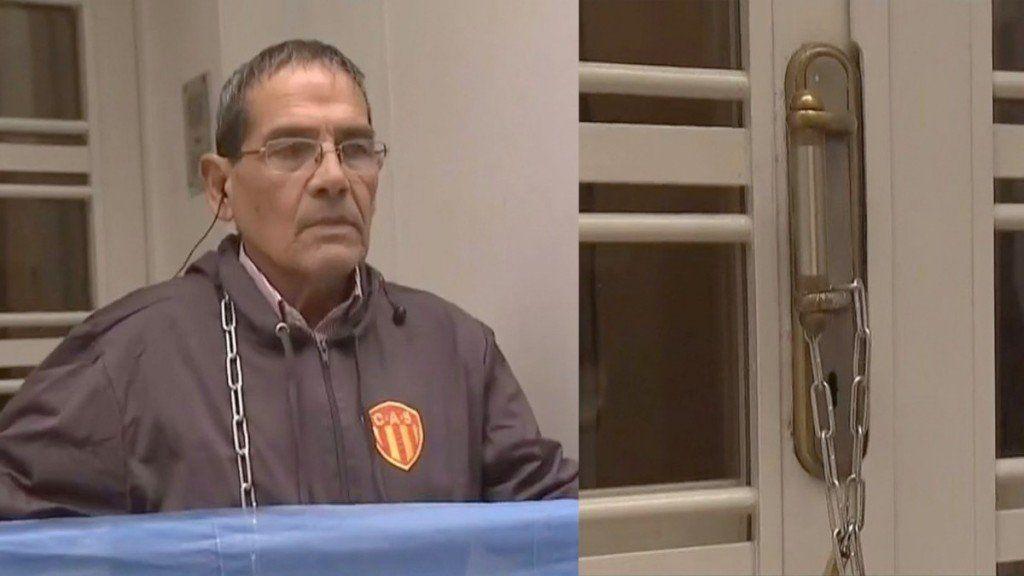Dirigente de Sarmiento de Chaco se encadenó en la puerta de AFA