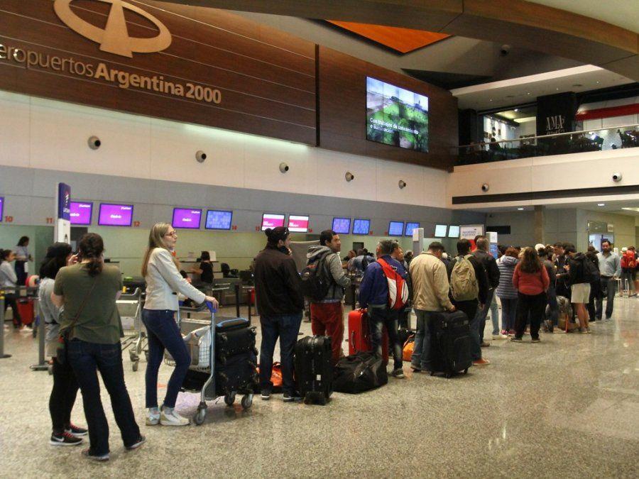 El tráfico de pasajeros por los aeropuertos creció 7,2% en abril