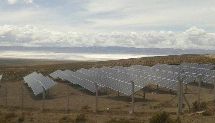 La localidad El Angosto se convierte en pueblo solar