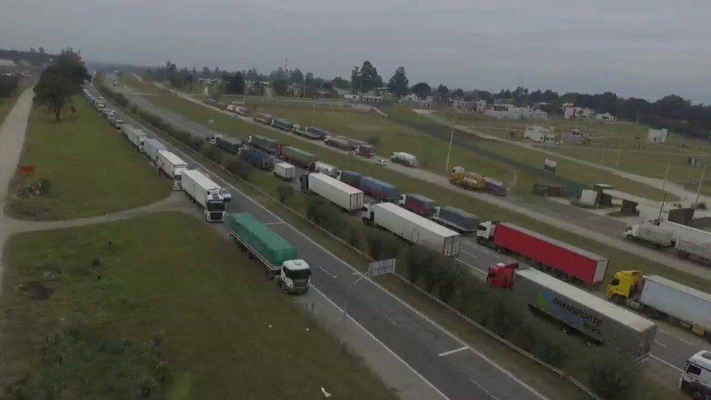 Camioneros de Tucumán se adherirán al paro nacional de la CGT