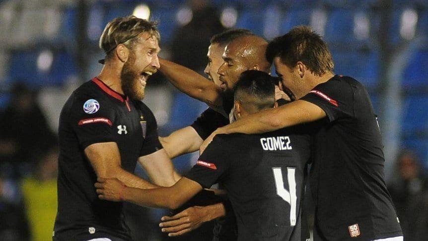 Copa Argentina: Estudiantes goleó 5-1 a Sarmiento de Resistencia