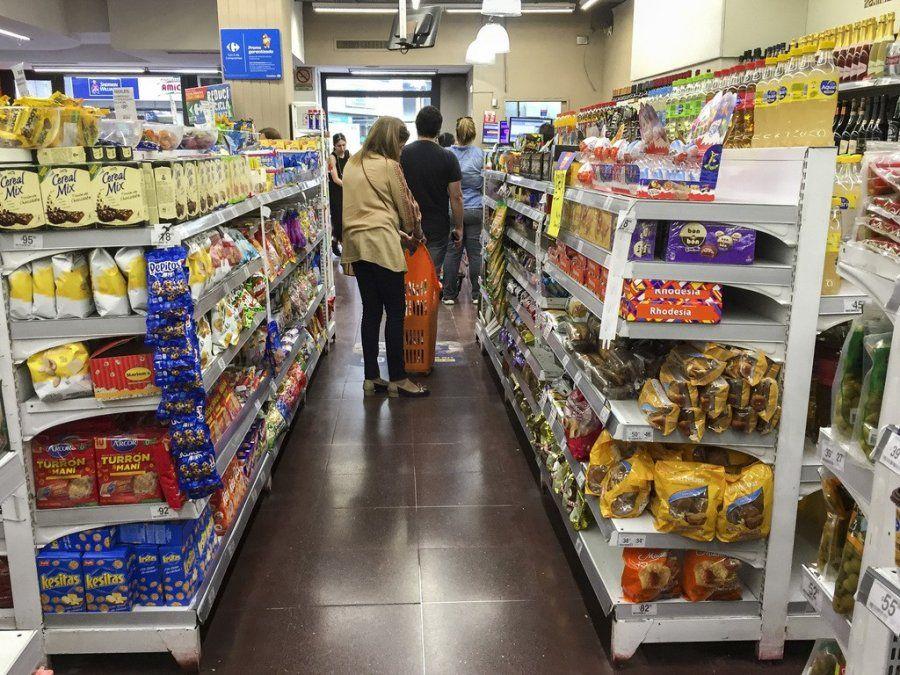 Estiman que la inflación mensual será de 3% y la anual del 40%
