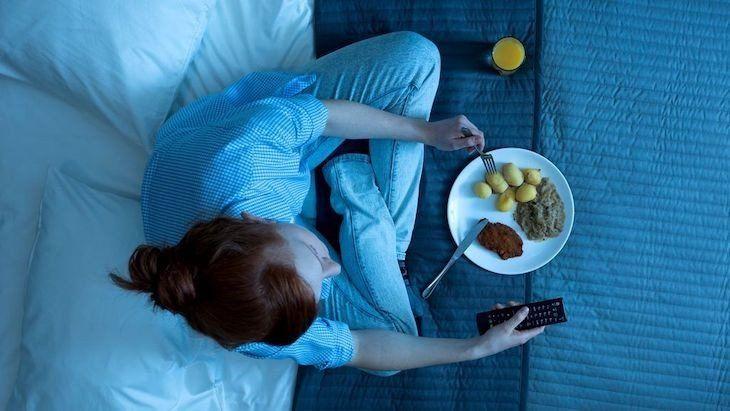 Cenar tarde y no desayunar es una mala combinación que eleva los riesgos cardiovasculares