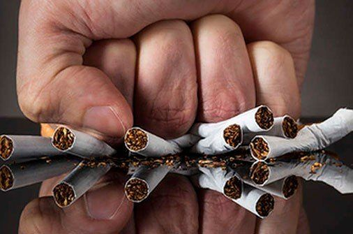 Avanza la lucha contra el cigarrillo, pero advierten del peligro por el segundo y tercer humo