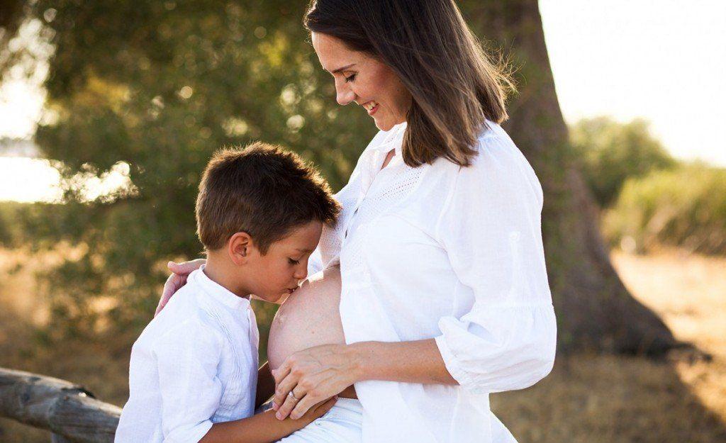¿Cómo afrontar con un hijo mayor la llegada de su nuevo hermano?