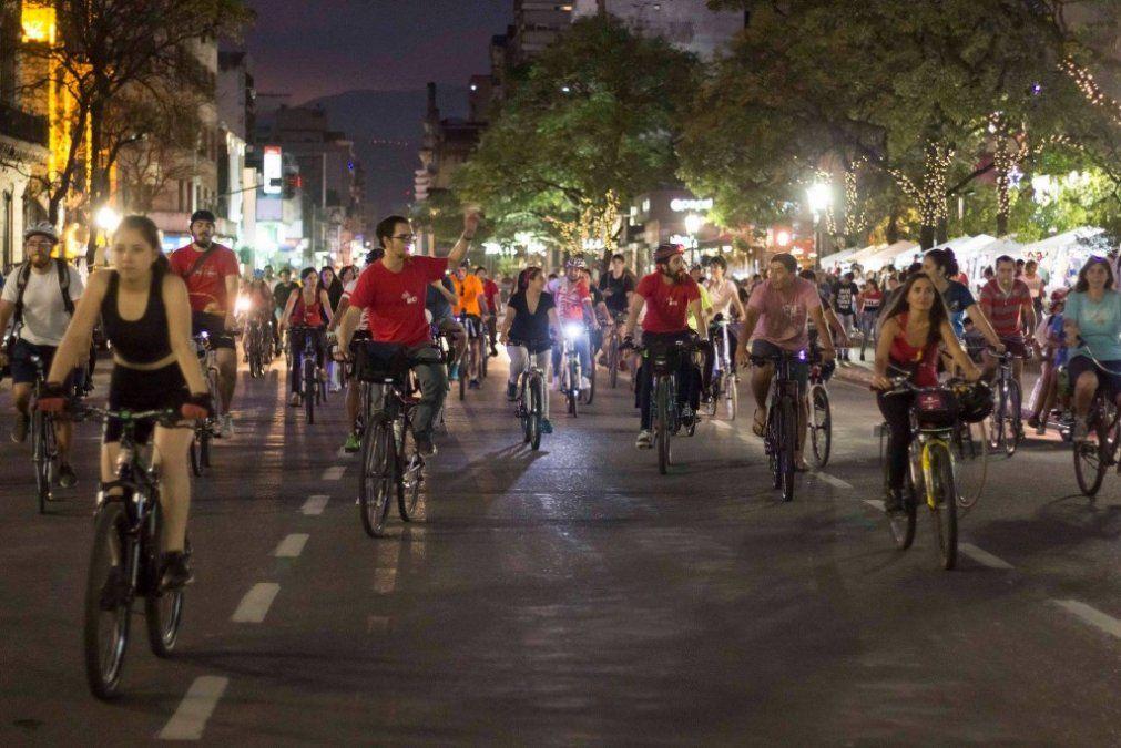 Día Mundial de la Bicicleta: Celebraron con una bici-movilización
