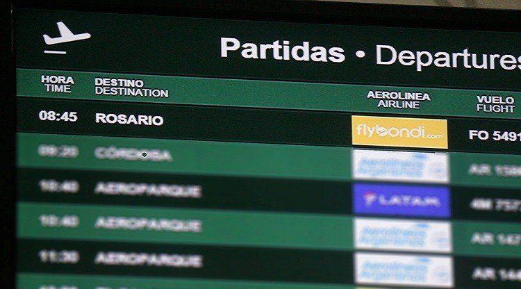 Cancelaron vuelos entre Tucumán y Rosario por renovación de flota