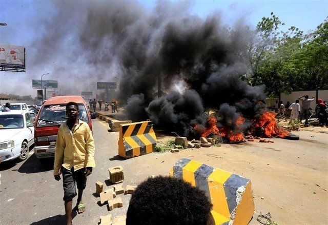 Sudán: los militares anunciaron elecciones en 9 meses tras una jornada que dejó al menos 30 muertos