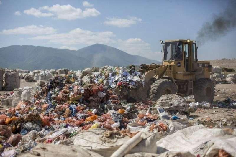 Medioambiente: se recomendó clausurar la trinchera 1 del vertedero San Javier