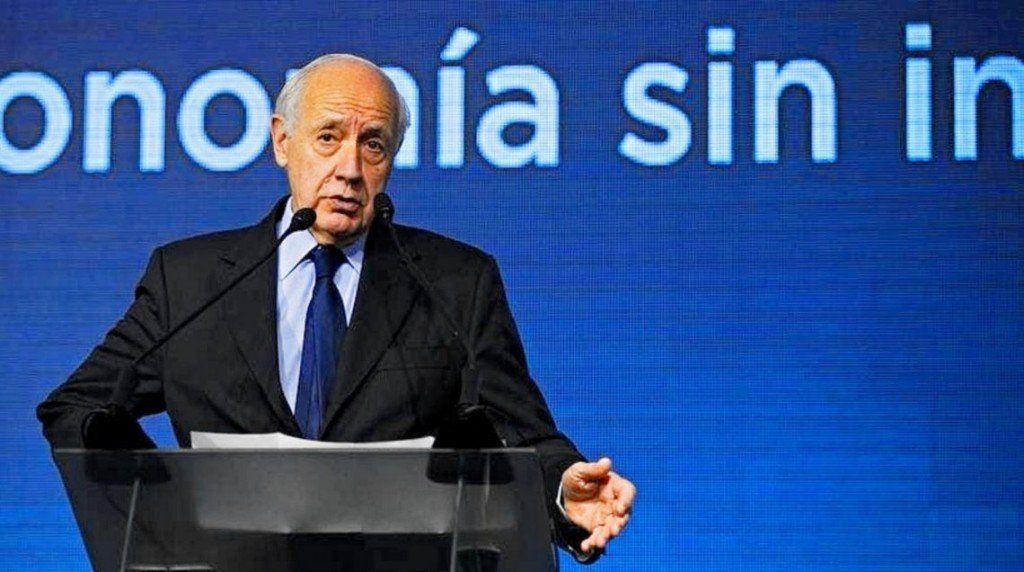 Lavagna presentó formalmente su precandidatura a presidente