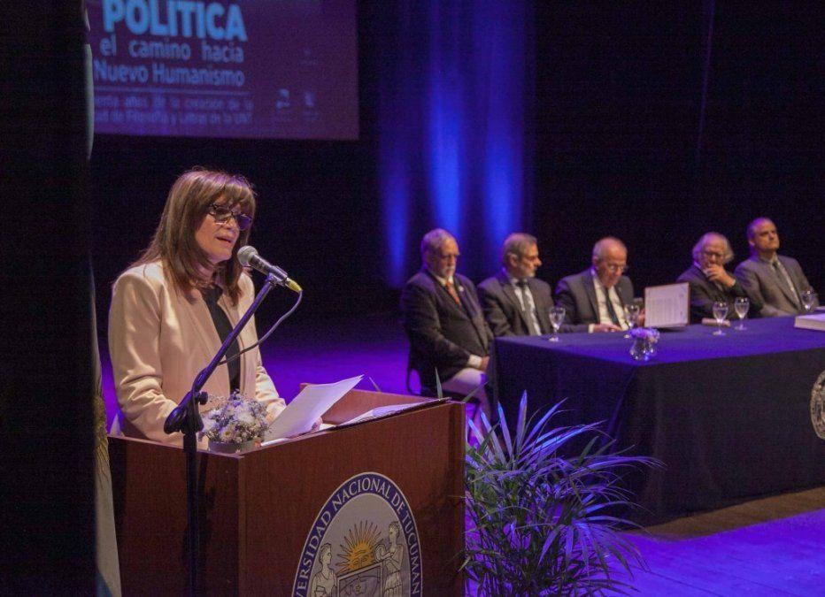 Con el inicio del Congreso de Educación y Política, la Facultad de Filosofía y Letras celebra sus 80 años