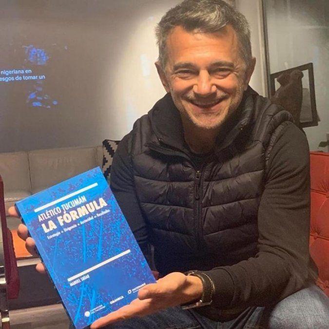 Manuel Sbdar, presentó el libro La Fórmula de Atlético