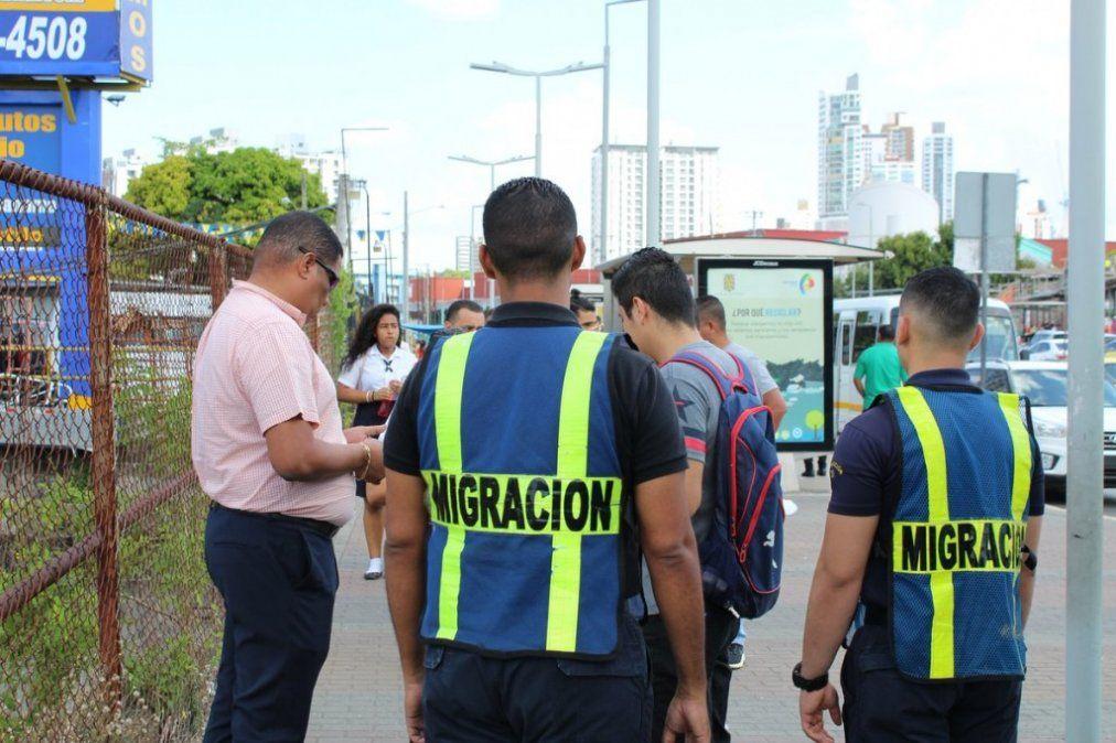 Detuvieron a un centenar de venezolanos que migraron a Panamá