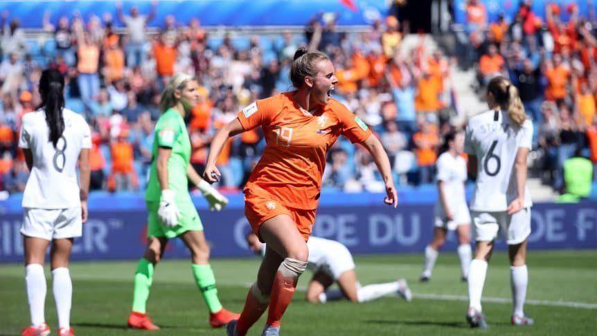 Holanda y Suecia debutaron con una cerrada victoria en el Mundial Femenino