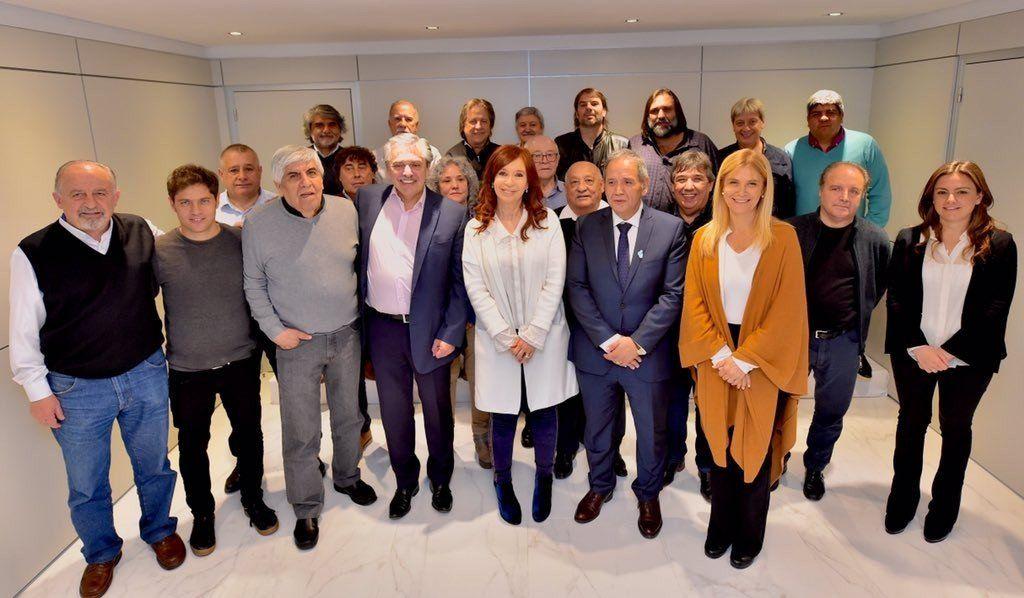 Alberto y Cristina se reunieron con la fórmula bonaerense y sindicalistas